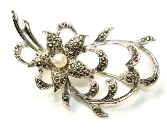 Sparkly Marcasite and Faux Pearl Silver Coloured Flower Vintage Brooch (c1960s)