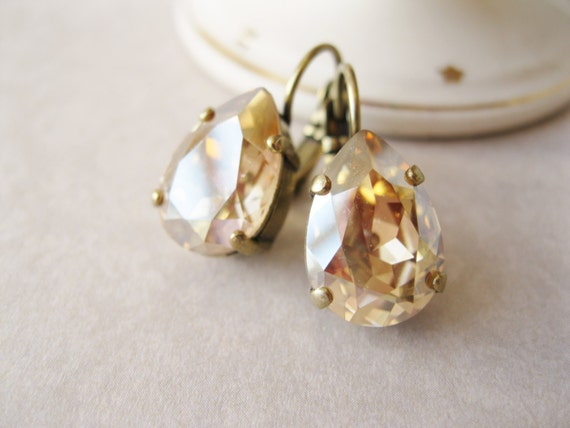 Champagne Bridesmaid Earrings, Teardrop Earrings, Light Topaz, Champagne Wedding, Bridal Sets, Antique Brass, Lever backs