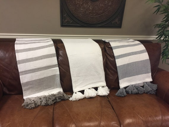 Tasseled Cotton Throw in Three Colors
