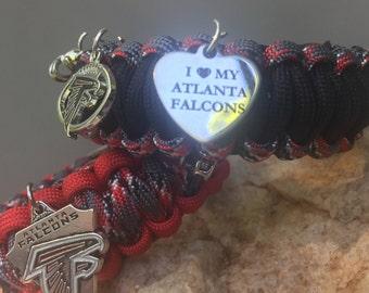 Atlanta Falcons Paracord Bracelet, added charm choices