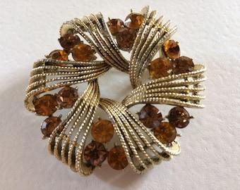 CORO Gorgeous Amber Rhinestone Wreath Brooch
