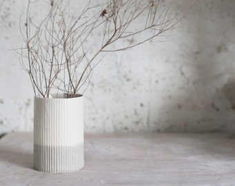 Attractive Ceramic Vase, Flower Vase, Ceramic Flower Pot, Pottery Vase, Modern Ceramic  Vase