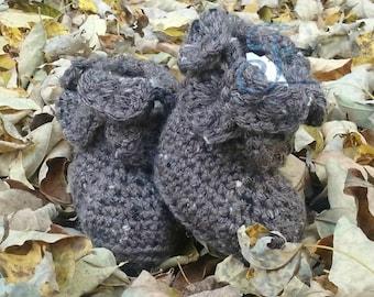 baby boots, baby booties, infant boots, infant booties, newborn boots, newborn booties, baby shower gift, handmade, crochet boots