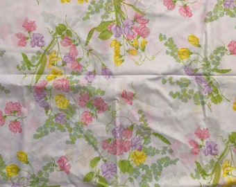 Vintage Pink Wamsutta Floral Double Flat Sheet // 1970's