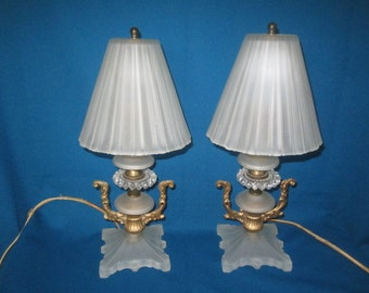 Vintage 1930s/40s Gorgeous White Frosted Glass Matching Pair Of Boudoir  Lamps
