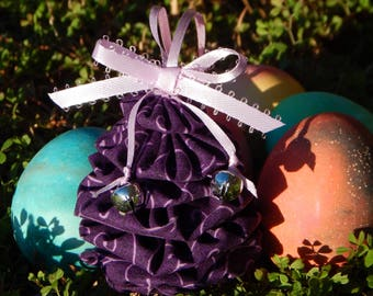 Purple with Lavender Swirl Yo Yo Egg Ornament