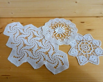 Vintage white crochet floral doily centerpiece table runner topper square tablecloth handmade Easter vintage wedding ornament