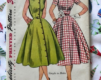 Vintage 1950s Simplicity 3851 Size 12 Full Skirt Dress Sewing Pattern