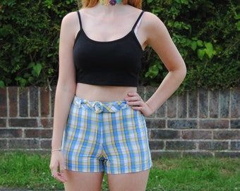 Y2K/90s Vintage Checked High Waisted Shorts with Matching Belt
