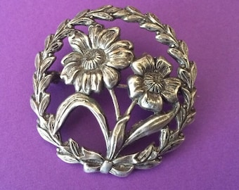 Vintage Sterling Silver Round Flower and Wreath Brooch