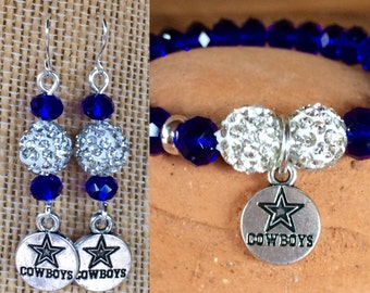 Stretch #DallasCowboys themed bracelet & earrings set. Yoga bracelet with blue glass faceted crystal beads and silver pave disco beads