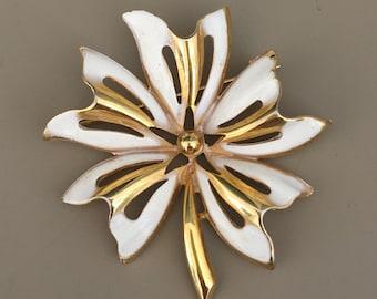 Lovely vintage white flower brooch .