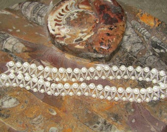 Glass pearl bead necklace