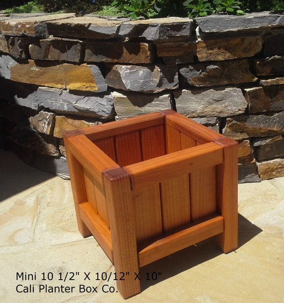 Large Redwood Planter Box For Tomatoes: Beautiful Solid Redwood Planter Boxes