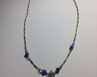 Silver chain with lapis lazuli stones