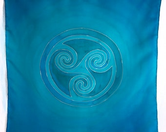 Blue and Green Celtic Spiral Triskele Tarot or Altar cloth