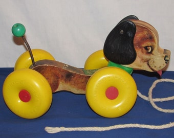 """FISHER PRICE Pull Dog 1964 """"Wobbles"""""""