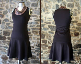 Promo Studio space. Two-tone brown chocolate collar cowl Chevron Tan dress. Dress Retro size 40