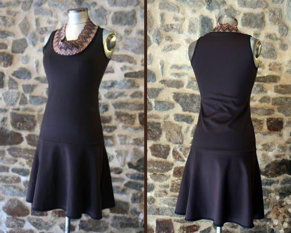 Promo Studio space. Two-tone brown chocolate collar cowl Chevron Tan dress. Dress Retro size 40