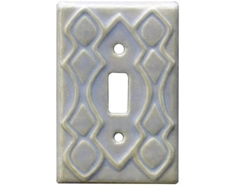 Moroccan Single Toggle Ceramic Light Switch Cover in Oyster Glaze