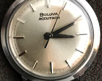 Stunning vintage 1965 Bulova Accutron 214 M5