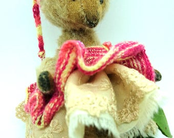 Pippin - Artist Bear, collectible bear, vintage toy. PRICE REDUCED