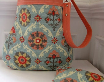 Handbag / Shoulder Bag with Matching Coin Pouch in a Southwest Design