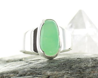 Chrysoprase silver ring. Size 6. Natural Stone.Gemstone Ring.Chrysoprase cabochon.Chrysoprase jewels.Ring size L 1/2 UK. Ring apsarasV