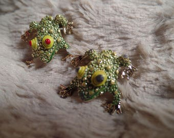 Fun Frog Scatter Pins Set