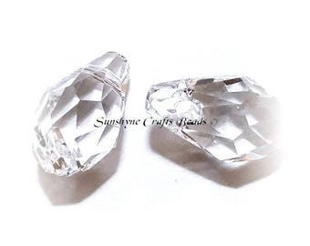 Swarovski Crystal 2 Pcs 6007 CRYSTAL Clear Briolette Beads 9x5mm Small Briolette Faceted Pendant