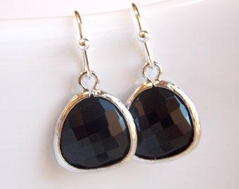 Black Earrings, Silver Earrings, Glass, Jet, Onyx, Wedding Jewelry, Bridesmaid Earrings, Bridesmaid Jewelry, Bridesmaid Gifts