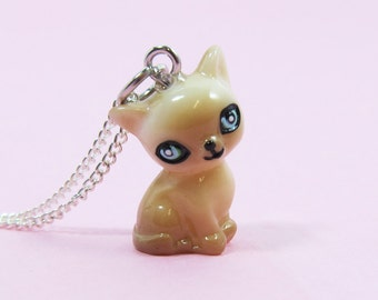 Cute Cat Necklace  (R3C)