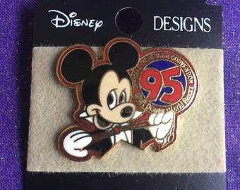 1995 WDW Disney World 4th Disneyana Convention Mickey Mouse Club  Everybody Neat & Pretty New
