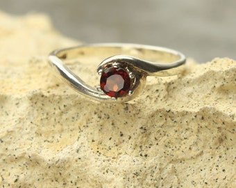 Garnet Silver Ring, Faceted Round Spessartite Garnet Gemstone Sterling Silver Ring
