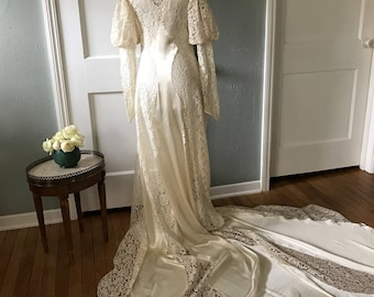 1920s Amazing Wedding Dress in Ivory, Floral Lace, Dress and Jacket