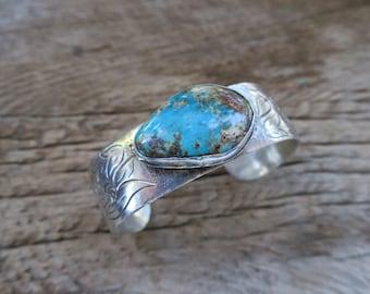 Engraved Turquoise Cuff Bracelet. Native American Vintage Sterling Silver Cuff. Boho Bohemian Women's Jewelry. E0002