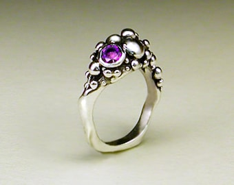 Sterling Silver Bubble Ring set with Amethyst