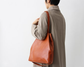 Multi-functional leather tote cognac brown, leather shopper, crossbody bag, big shoulder bag