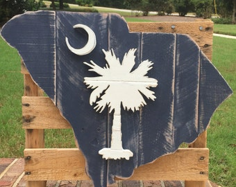 State of South Carolina state flag wood pallet sign with cresent moon and palmetto tree