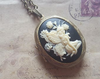 XL Locket necklace ~ Elf ~ ~ bronze ~.