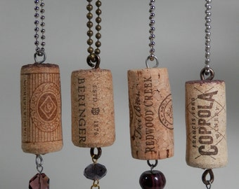 Beaded Natural Wine Cork Keychain Holder Floating Novelty FOB Recycle Upcycle Gift Package Topper Party Favor Purse Back Pack Key Chain Idea