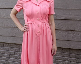 APRICOT DRESS with FLORAL buttons shirtwaist 33.75 bust (A6)