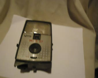 Vintage Imperial Mark 27 Camera, collectable