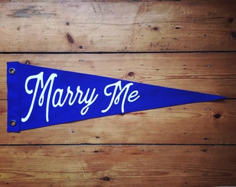 Marry Me Prnnant Flag
