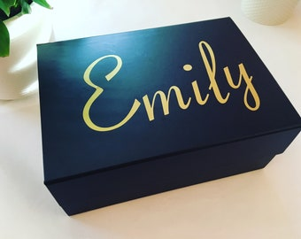 Personalised Gift Box, Your Name, Luxury Keepsakes Box, Black Deep Gift Box, White Deep Gift Box, Personalised Gift, Luxury Gifting Solution