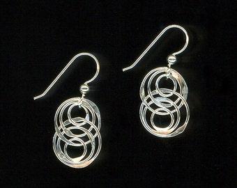 Interlocking Circle Earrings Sterling Silver Chainmaille Links Hammered Metalwork Dangles