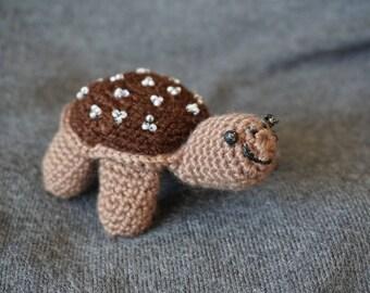 "Turtle ""Shieldi"", crochet, addiction..."