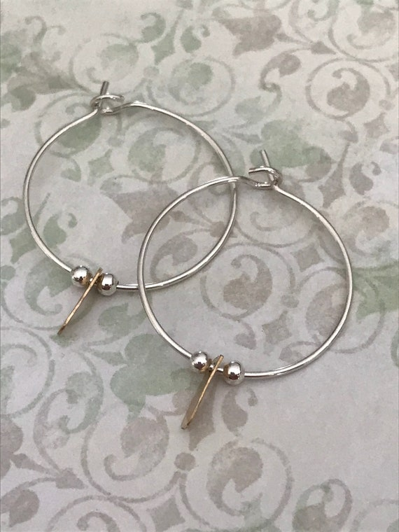 Sterling Silver Hoops - Medium size Earrings, minimalist jewelry, Simple round circles dmalia designs
