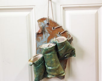 Quirky ceramic wall pocket with 3 individual channels - bright fun colors - perfect for dried or silk flowers