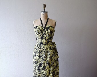1950s sarong dress . vintage 50s daisy print strapless dress